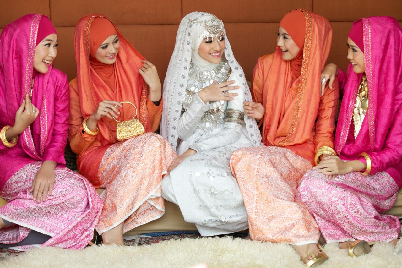 Hijab Dan Jilbabfashionable Kian Membumi M2000