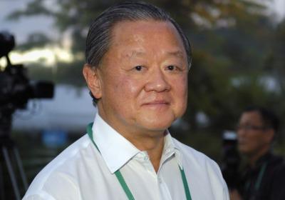 Oei hong leong adalah miliuner kelahiran indonesia yang memiliki