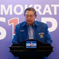 """Prabowo """" Nekat """" Deklarasikan Diri Jadi Presiden , SBY Beri Peringatan Keras"""